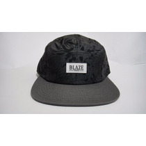 Boné Five Panel Blaze Supply Supakitch Importado