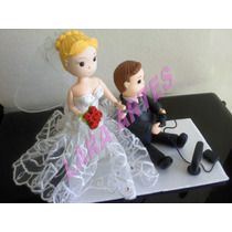 Casal Noivinhos De Biscuit Topo De Bolo Casamento