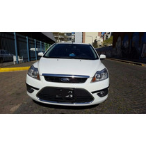Ford Focus- 2013 Ghia 5 Puertas. 2.0 -16 Val. At/secuencial.