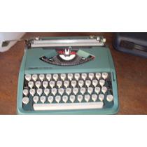 Máquina De Escrever Lettera 82