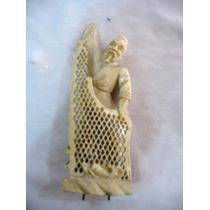 Figura Oriental Noble Material