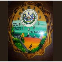 Reloj Artesanal De El Salvador Hecho De Madera Laminada