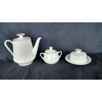 Bule Leiteira Mantegueira E Açucareiro De Porcelana Antigo