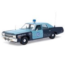 Dodge Monaco 1974 Massachusetts Police Autoworld Amm1023
