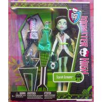 Monster High Set De Muneca Y Ropa De Scarah Screams