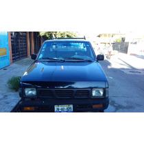 Vendo Nissan Pick Up 1989 Barata