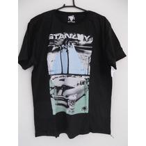 Camiseta Stanley Surfwear Estampa Carro Praia Preta