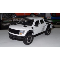 1:24 Ford F-150 Svt Raptor 2011 Blanco Jada Toys Display