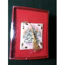 Figura De Libro Con Arbol De Navidad Ceramica Fina Fenton