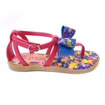 4 Sandálias - 2 Minnie - 1 Chiquititas - 1 Ana Hickmann