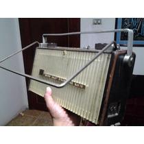 Radio Antiguo A Pilas Caja De Madera Nivico