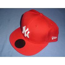 Excelente Gorra Oficial New Era New York Yankees Roja