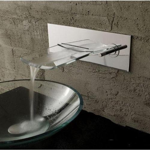 Llave grifo mezcladora montaje en muro cascada vidrio for Llave mezcladora para lavabo