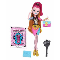Gigi Grant Scare Mester Monster High Draculaura Clawdeen