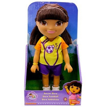 Boneca Dora A Aventureira - Futbolista - Fisher-price