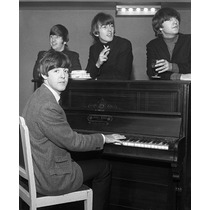 The Beatles 1962-1974 201 Partituras Piano Acordes