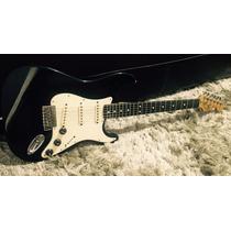 Guitarra Fender Stratocaster México - Linda Case - Trocas