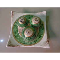 Prato Decorativo Cerâmica Com 3 Bolas Linda Peças