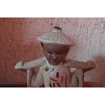 Figura Niño Chino En Traje Tradicional Japon Oriental