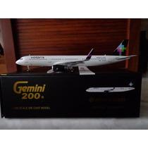 Avion Airbus A321 Volaris Sharklets Aeromexico 1/200