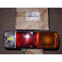 Lanterna Traseira Direita - Toyota Hilux Pick-up