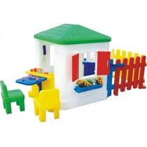 Casinha Infantil Com Cerquinha - Freso