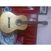 Vendo Guitarra Criolla Le Falta Una Cuerda Nada Mas