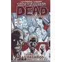 Comic The Walking Dead Muchos Numeros  Kamite Nuevos<br><strong class='ch-price reputation-tooltip-price'>$ 166<sup>00</sup></strong>