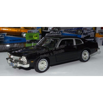 1:24 Ford Maverick 1973 Negro Motor Max Display