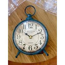 Reloj De Metal Sobremesa O Mural Vintage
