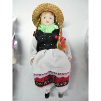 Colección Muñecas Del Mundo De Porcelana Rba 36