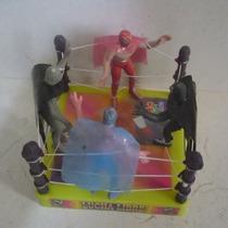 Ring Con 4 Luchadores De Plastico - Muñeco Lucha Libre Cmll
