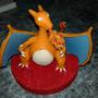 Centro De Torta De Pokemon Charizard!!
