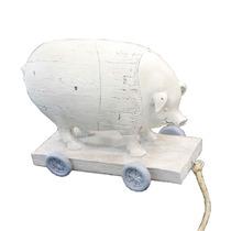 Miniatura De Porco Em Carrinho Em Resina