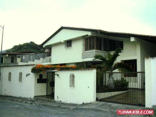 Casas en alquiler en cerca del cenro comercial galerias for Comercial casa clasica baruta