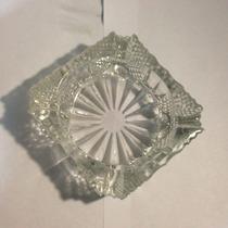 Cenicero De Vidrio Tallado. Ideal Como Adorno Mesa De Living