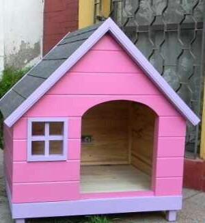 Casas para perros en madera totalmente lavables for Vallas para perros en casa