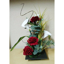 Arranjo De Flores Artificiais - Copos De Leite E Rosas