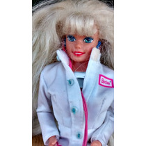 Boneca Barbie Doutora Com Acessórios Mattel