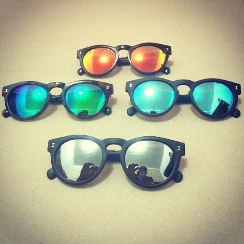 Lançamentos Em Oculos De Sol - Grandes Marcas - R  99,00 em Mercado Livre 8e49cc8e5f