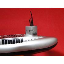 Submarino De 33 Cm Navega Com Motor Eletrico E Possui Leme