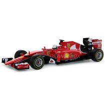 Formula 1 Ferrari Sebastian Vettel 2015 1:18 Bburago 16801v