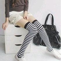 Medias Rayadas 5/8 Moda Lolita J.rock_emo_punk_cosplay_urban