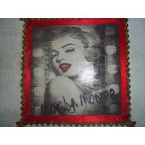 Marilyn Monroe Caixa 30x30 Com Renda / Decoupagem /craquelex