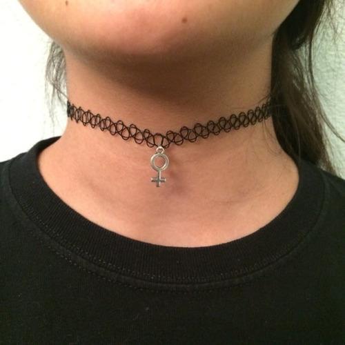 collar prostitutas mujer piruja
