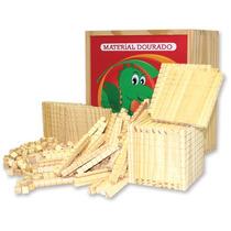 Material Dourado Na Caixa Com 611 Peças Em Madeira Educativo