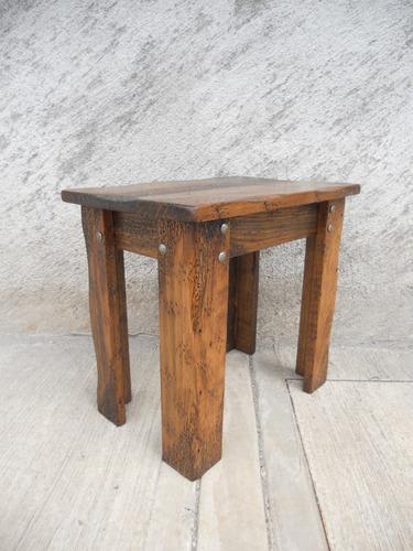 Mesa esquinera r stica madera de pino apolillada - Mesas de noche rusticas ...