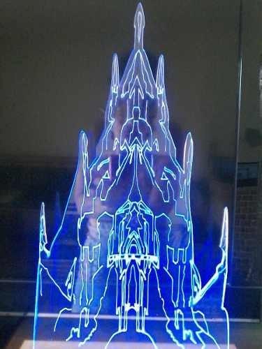 Castelo Frozen De Gelo Iluminado Em Acrilico50cm Anna E