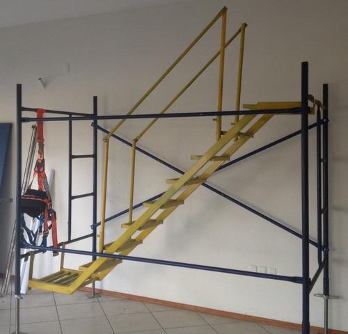 Escaleras internas para andamios contado o credito u s for Cuanto vale una escalera
