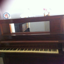 Piano Antiguo De Coleccion